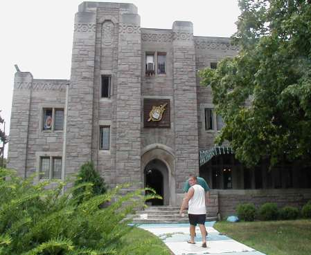 2002-0825-jake-scott-fraternity-house.jpg