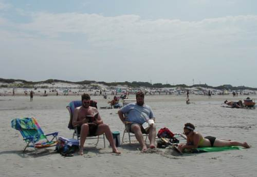 2002-0818-rsg-barry-hilde-beach-dennis-ma.jpg